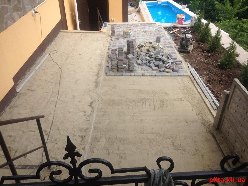 подготовка и укладка тротуарной плитки Высокий