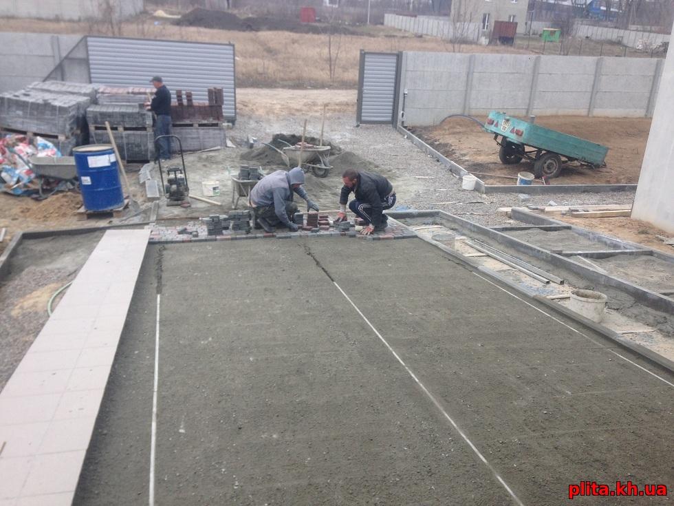 подготовка из гранитного отсева под плитку